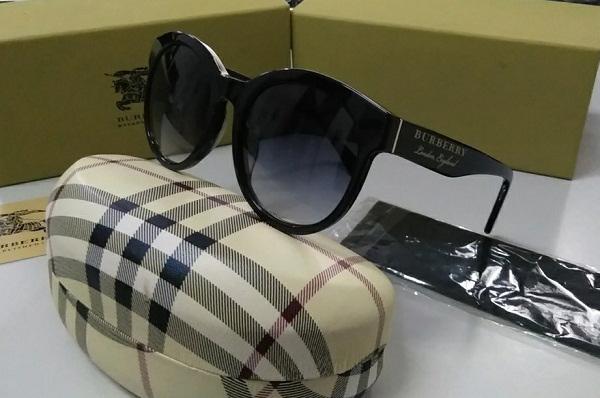 Kính mắt nữ thời trang cao cấp Burberry B1801F 001